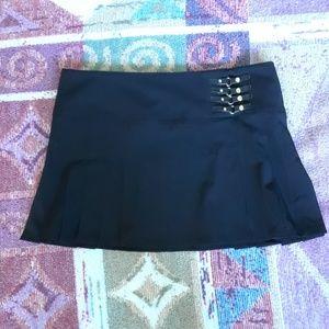 bebe Vintage Black Dallas Kilt Pleated Skirt